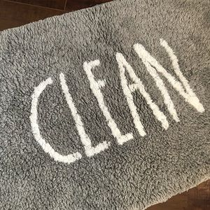 🆕 Rae Dunn bathroom rug/ mat